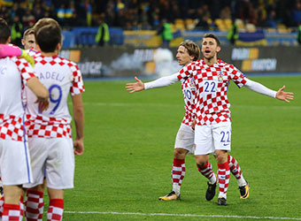 Croatia to brush aside Greece in World Cup playoff